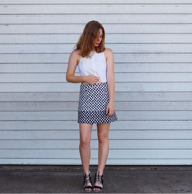 Tanee Zigzag WhiteTop #taneeclothing  #modellaclothing