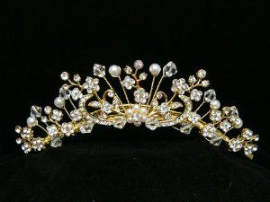 Rhinestone Crystal Pearl Flower Bridal Wedding Tiara Comb - Faux Pearl Flower Center Gold Plating by Venus Jewelry. $21.89