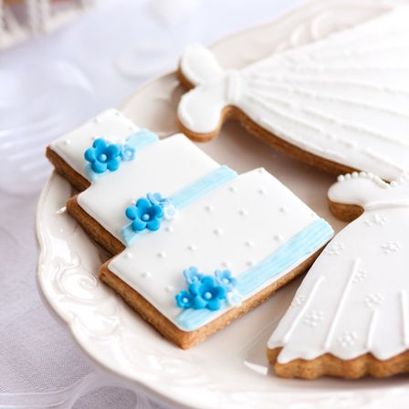 wedding cake cookies for bridal shower 195 best images about wedding cookies on 22244