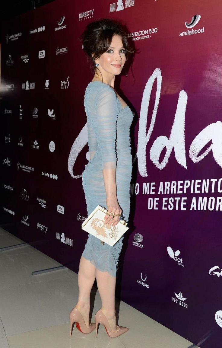 ¡Acierto! El look de Natalia Oreiro en la première de la película de Gilda…
