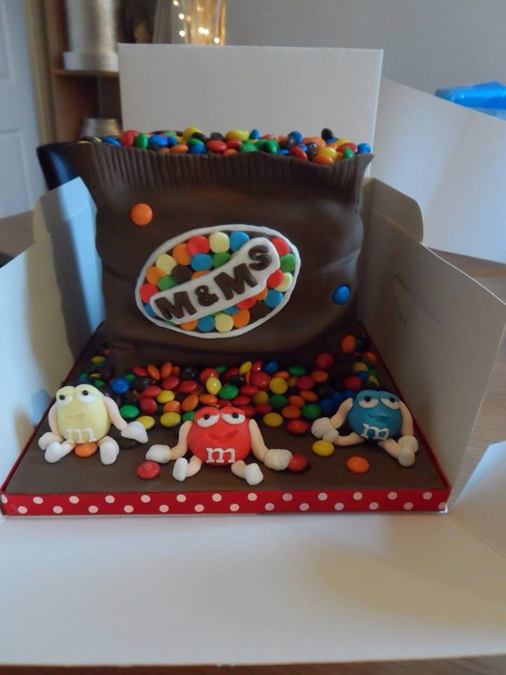 17 Best images about M&MS cakes on Pinterest Cute cakes ...