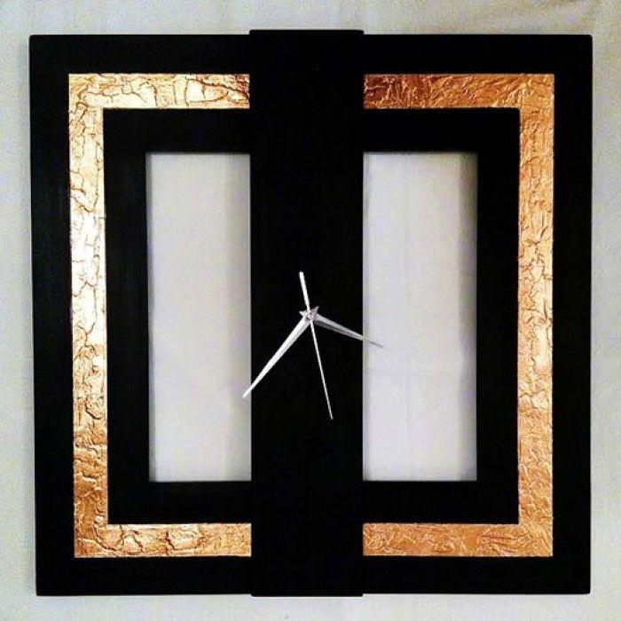 Χειροποίητο διακοσμητικό ρολόι τοίχου (minimal) φτιαγμένο με ακρυλικό μαύρο χρώμα, φύλλο χαλκού και πάστα διαμόρφωσης που δημιουργεί ανάγλυφη επιφάνεια στο εξωτερικό του τετραγώνου με εντυπωσιακό design. Έχει περαστεί με βερνίκι σατινέ για την προστασία και όμορφο φινίρισμα. Oι δείκτες του ρολογιού είναι μεταλλικοί και ο μηχανισμός του αθόρυβος. Διαστάσεις: 60/60cm και 80/80cm.