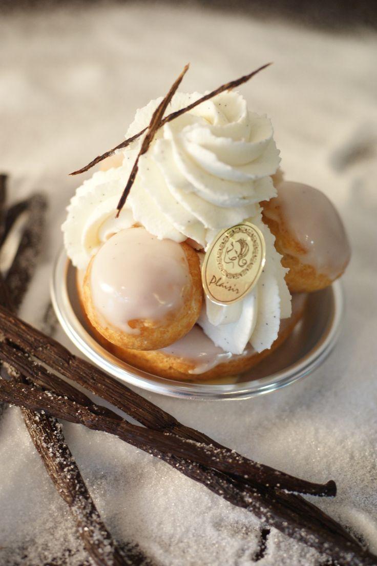 Vanilla Mascarpone Saint-Honoré - no recipe