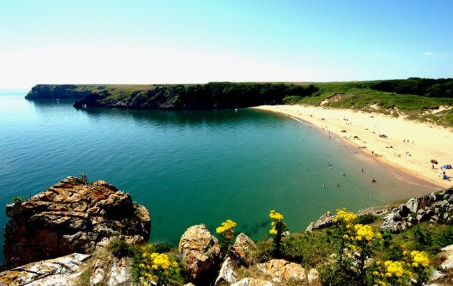 Barafundle Bay, Wales. Want.