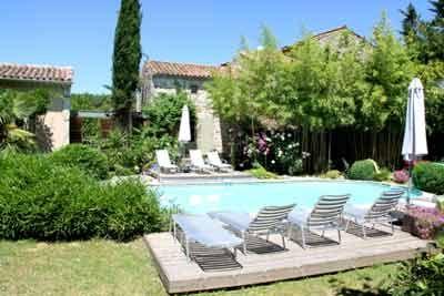 Chambres d'hôtes, yourtes, cabane à vendre à 10mn des Gorges de l'Ardèche dans le Gard