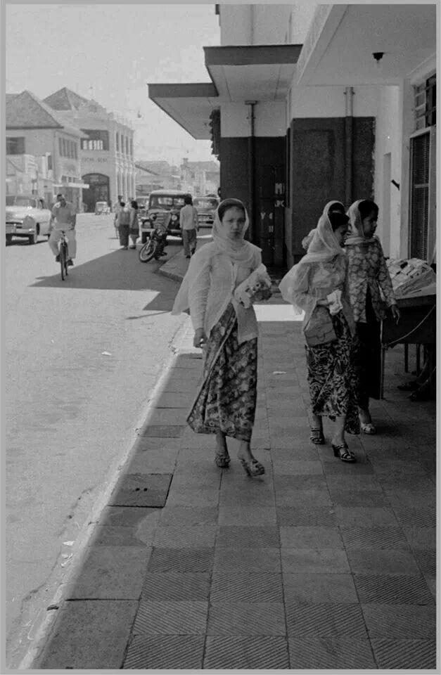Tahun 1956