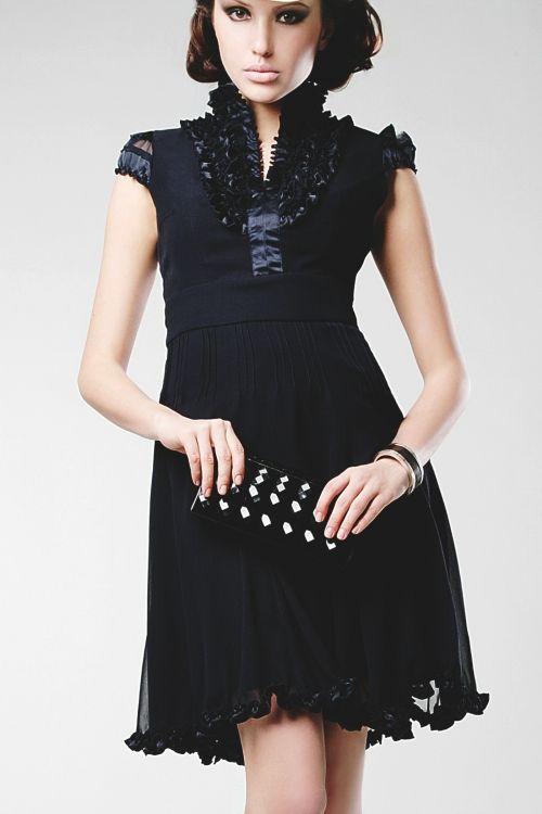 Joana Danciu Kleid Betty Online Bestellen Coole Kleider Kleider Hochzeitsgast Stil
