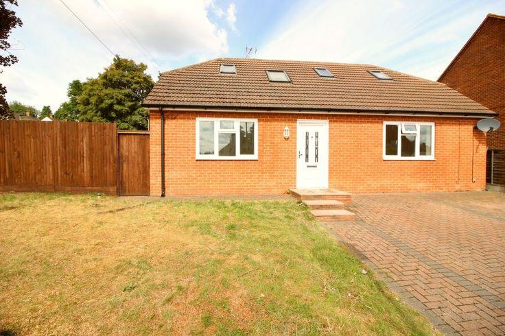 £420,0000.00 Clarendon Path  3 bedroom detached house