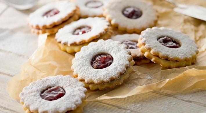 Delicata si aromata, este o prajitura ce ii va bucura pe cei mari si pe cei mici deopotriva.