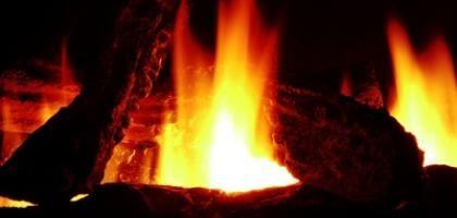 C mo hacer fuego falso para una falsa chimenea for Como hacer una chimenea falsa