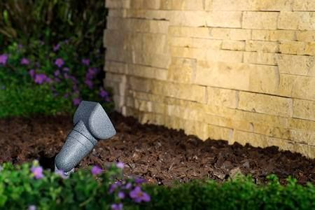 Looking to improve your #Landscaping? We have the #OutdoorLighting solutions you are looking for! #DIY #PathLighting http://qoo.ly/jfecm Learn more at http://ift.tt/2lqiJ8m