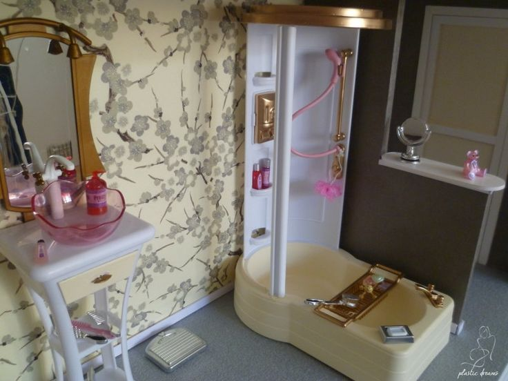 les 25 meilleures id es de la cat gorie salle de bains barbie sur pinterest meubles de maison. Black Bedroom Furniture Sets. Home Design Ideas