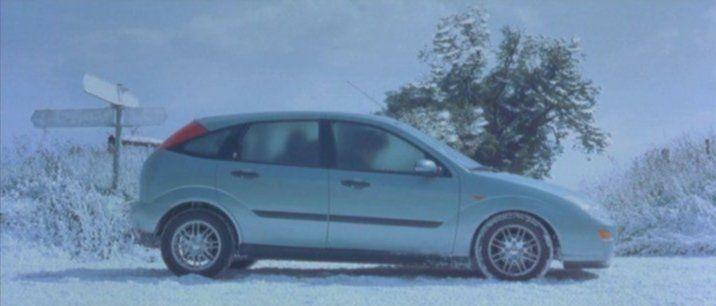 2000 Ford Focus 20 Ghia Mki In The Newspaper Of Bridget Jones 2001 Bridgetj Ford Focus Bridget Jones Ford