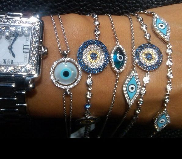 Turkish Evil Eye Bracelets <3 -- brings back memories from my trip to Turkey :') love these, and their purpose!
