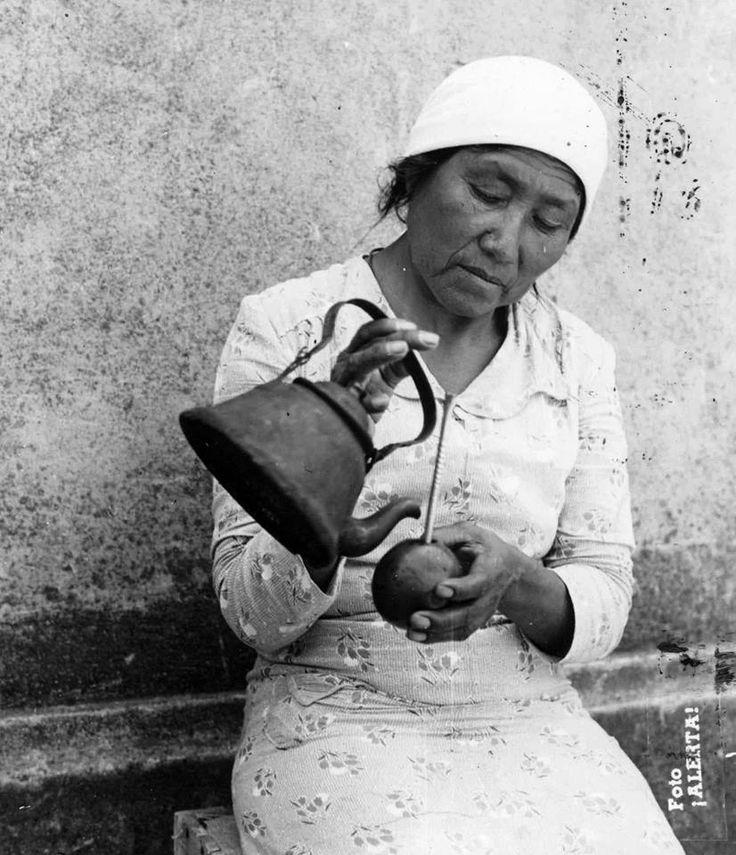 El primer mate del día, 1940. Documento Fotográfico. Inventario 319637