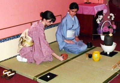Ceainaria Rendez-Vous: 10 ani de ceai, de pasiune, de viata http://www.styleandthecity.ro/ceainaria-rendez-vous-10-ani-de-ceai-de-pasiune-de-viata