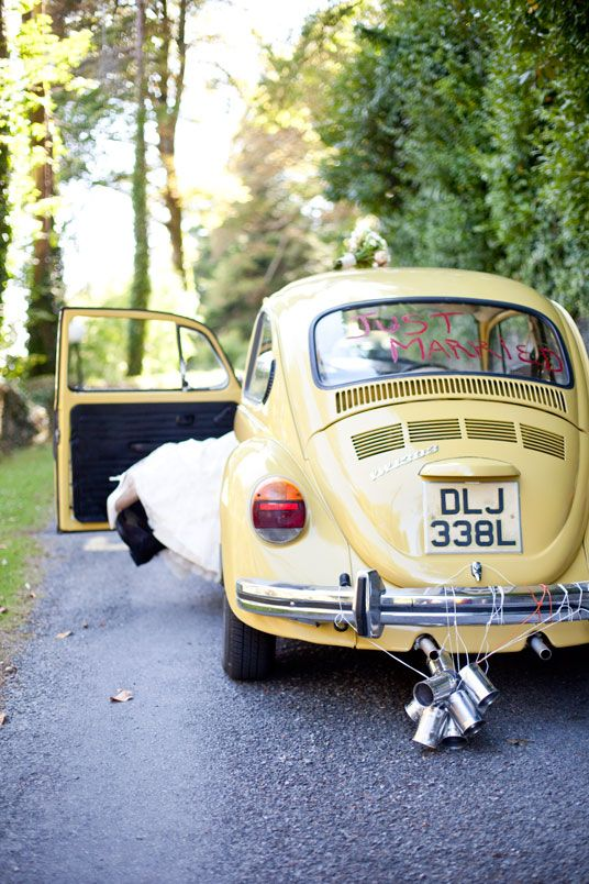 Love the idea of going with something a bit different for the wedding car, and this is just the ticket :)