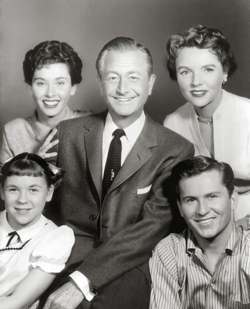 Father Knows Best: Shows hierarchy of family during the 1950s