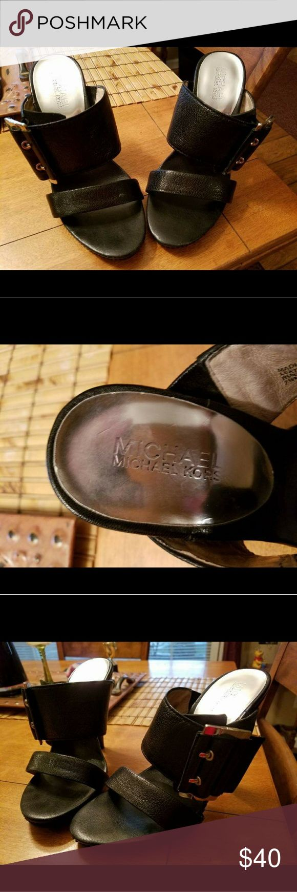 Michael Kors heels Michael Kors heels size 7.5 Michael Kors Shoes Heels