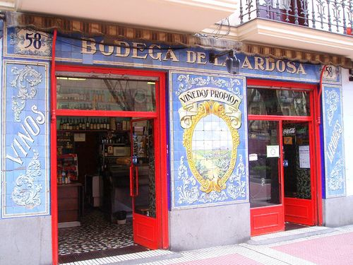 Tabernas de Madrid by angel de olavide, via Flickr