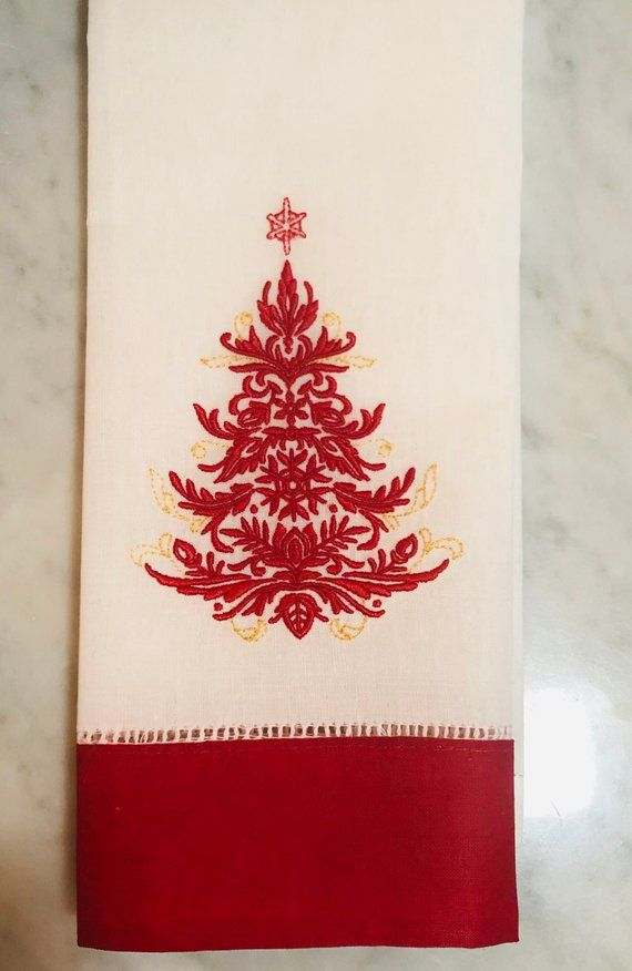 Christmas Tree Guest Towel Linen Guest Towel Chrismas Towel Etsy Christmas Towels Linen Guest Towels Christmas Hand Towels