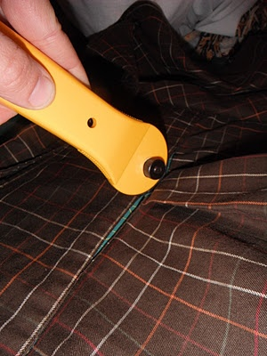 Happy Occidents: DIY - Apron: From the Boardroom to the Kitchen  step by stem instructions on turning a men's dress shirt into a unisex full coverage apron!