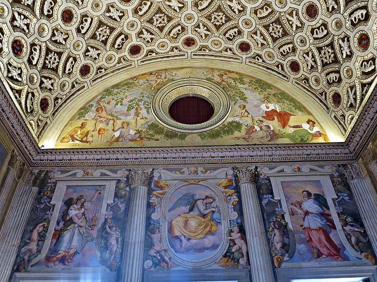 Salone di Leone X, Villa di Poggio a Caiano,6.JPG