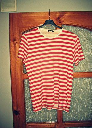 Kup mój przedmiot na #vintedpl http://www.vinted.pl/odziez-meska/koszulki-z-krotkim-rekawem-t-shirty/10326987-koszulka-w-paski-czerwono-biala-t-shirt-meski-rozmiar-m