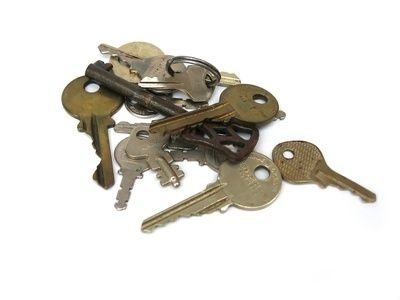 How to Clean Old Keys
