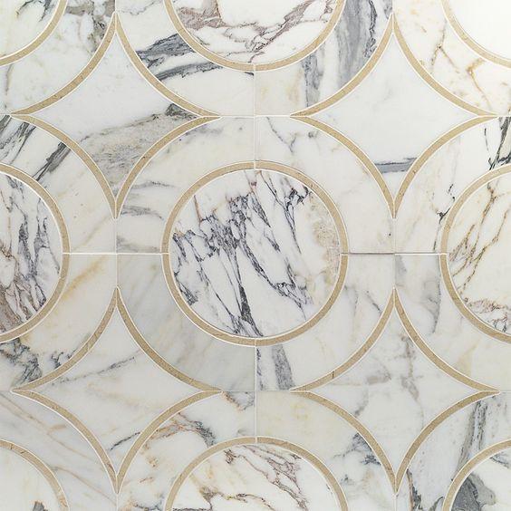 Circular mosaic marble and gold tile