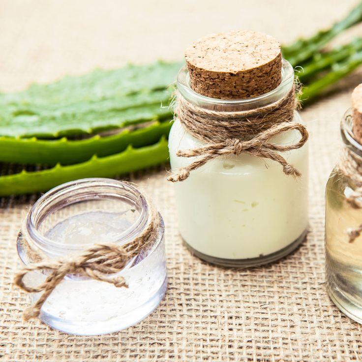 Aloe Vera Kosmetik selber machen: DIY-Rezepte und Anleitungen, mit denen Sie aus Aloe Vera selbst gemachte Creme, Lotionen, Masken, Seife, Peeling etc herstellen können ...