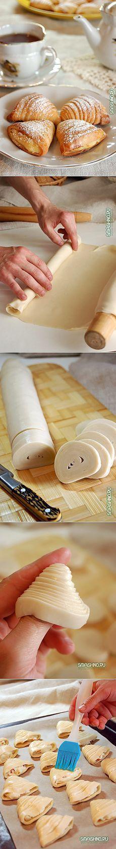 Neapolitan puffs stuffed.