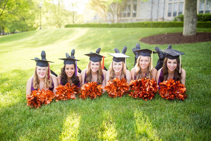 Graduation pictures for dance team. Graduation pictures for cheerleaders. Senior pictures. Virginia Tech Hightechs Class of 2016. Kristen Cranham Photography.