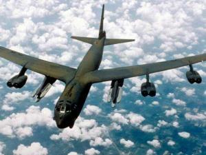 Un bombardier américain survole la Corée du Sud, démonstration de force à Pyongyang !!! • Hellocoton.fr