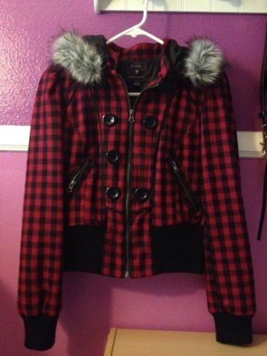 You searched for: fur plaid coat! Etsy is the home to thousands of handmade, vintage, and one-of-a-kind products and gifts related to your search. No matter what you're looking for or where you are in the world, our global marketplace of sellers can help you find unique and affordable options. Let's get started!