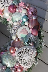 Wianek świąteczny z ciasteczkami-wianki świąteczne,ozdoby świąteczne,dekoracje na Boże Narodzenie