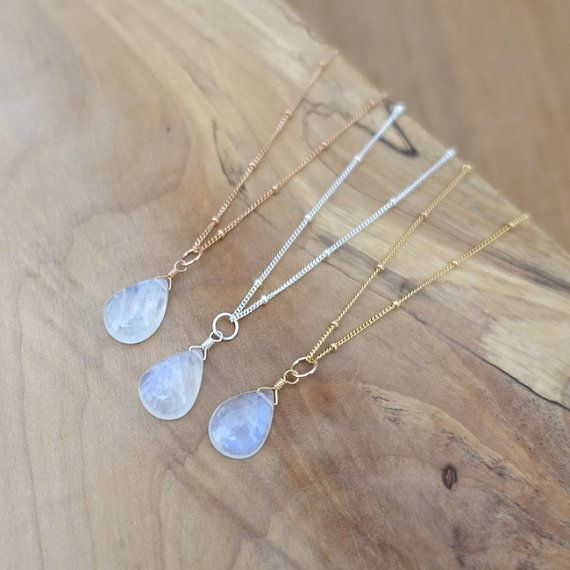 Rainbow Moonstone Necklace Gold Moonstone Necklace by sorastudio