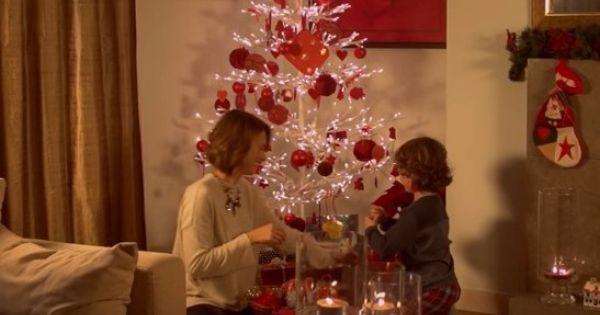 18 de dezembro de 2015: Núria Maduga - A mensagem mais importante deste Natal (VIP) Com: Núria Madruga e Pai Natal