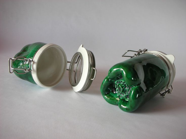 http://www.leledacuca.net/pementos #design #ceramic #decoration