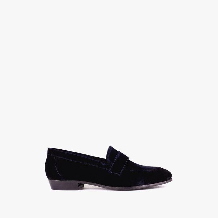 Cool velvet loafers