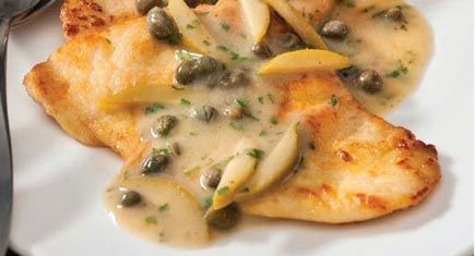 Say a tasty hello to this Chicken Piccata recipe from the book The Digest Diet Cookbook by Liz Vaccariello.
