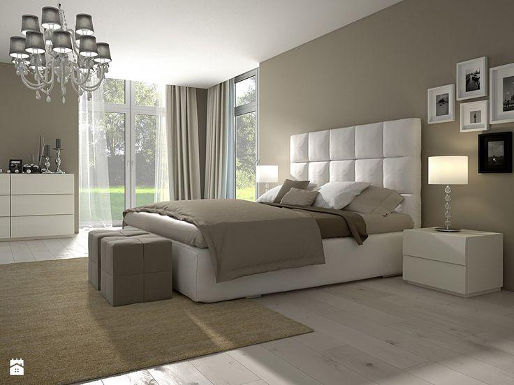 ściana za łóżkiem w kolorze (u nas szara)