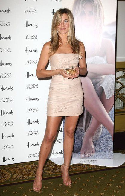 Why Jennifer Aniston Rules the Red Carpet | Head2Heels