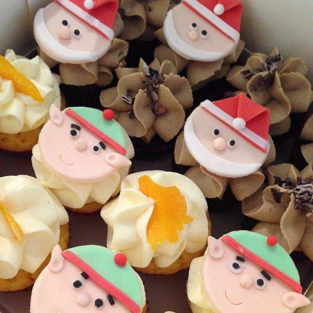 Minicupcakes tills ikväll kanske  #minicupcake #cupcake #christmas #jul #saffran #tomte #tomtenisse #lördagsmys #göteborg #linné #gbgftw #konst #foodart #handmade