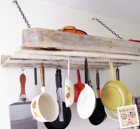 Las 25 mejores ideas sobre ollas para colgar en pinterest for Colgar muebles de cocina