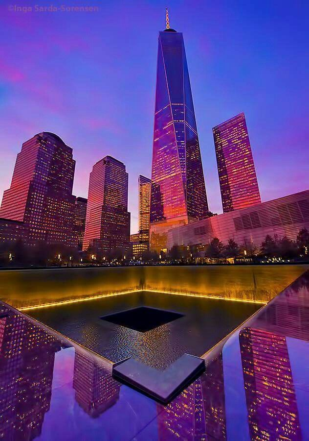 Gorgeous sunset over One World Trade Center and the Memorial pools. [PHOTO/@isardasorensen]
