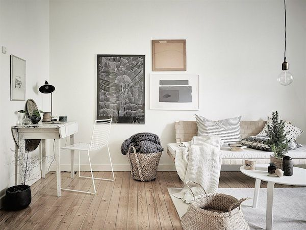 Sitting room and work space in a cosy Swedish home in neutrals55Kvadrat / Anders Bergstedt / Emma Fischer.