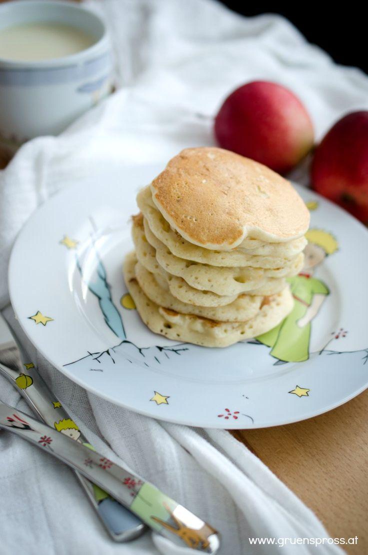 Apfel-Pancakes vegan und haushaltszuckerfrei - Grünspross