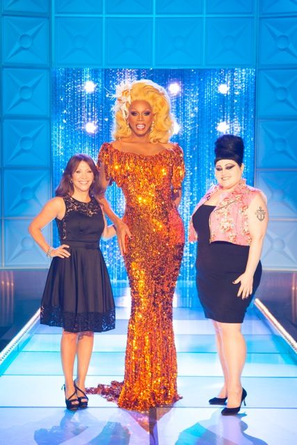 logotv:    Tonight on the finale of RuPaul's All Stars Drag Race, SNL Alum, Cheri Oteri and Gossip's Beth Ditto help to find the first hall of famer!