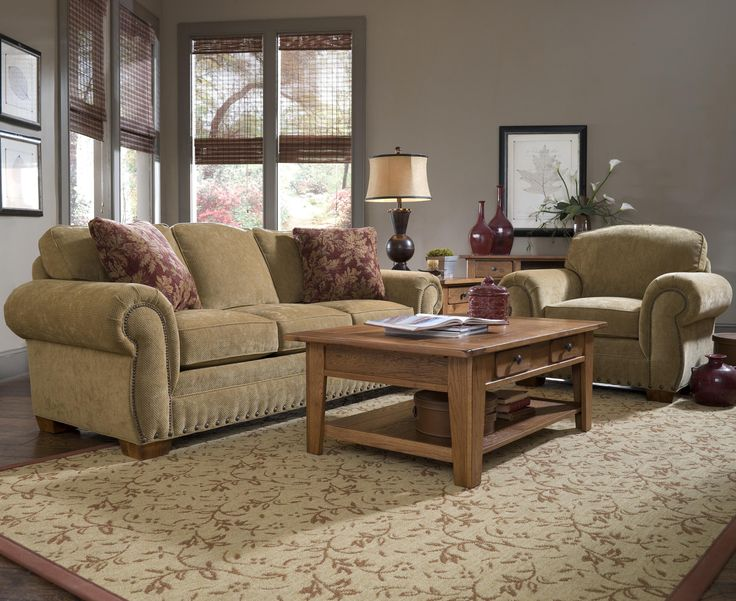 Good Traditional Living Room Set With Nailheads #Broyhill #traditional  #Nailheadtrim Part 25